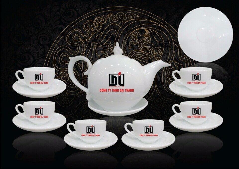 Mẫu bộ tách trà dùng làm quà Tết cho doanh nghiệp